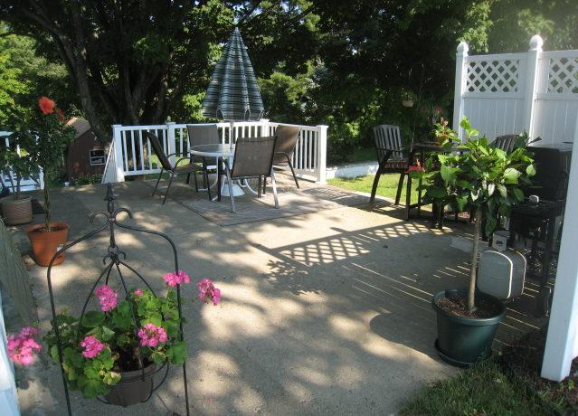 henry-patio