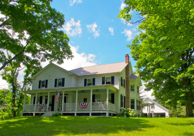 Germantown Farmhouse on 34 Acres