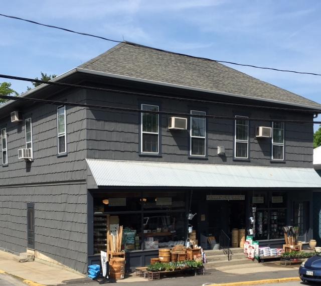 Historic Germantown Retail & Residential Building