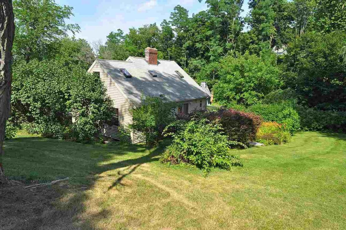 Hudson River Cottage