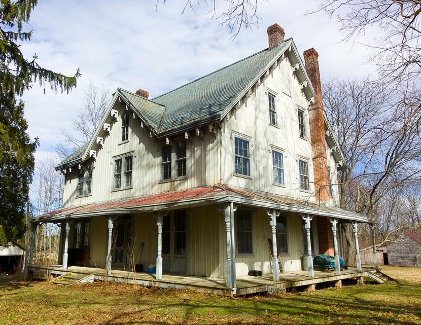 1850 Carpenter Gothic