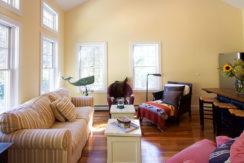 guesthouse-livingroom-(1)