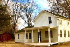 Renovated 1860s Livingston Farmhouse