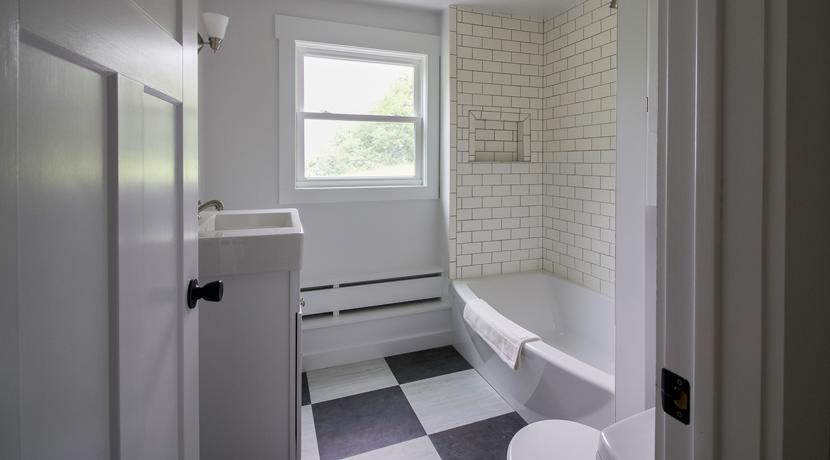guest-bathroom-2