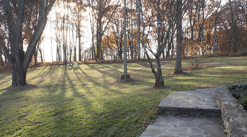 Viewmont-garden-steps