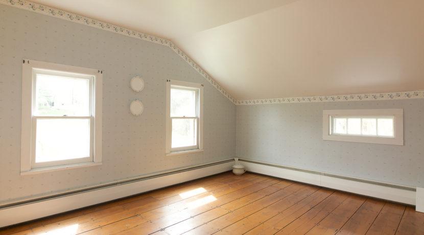 15-Master bedroom (1)
