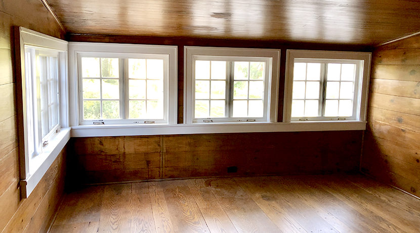 Bell Claverack Master sittingroom