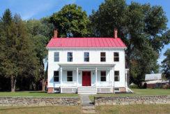 Linlithgo Farmhouse