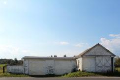 white barn 3