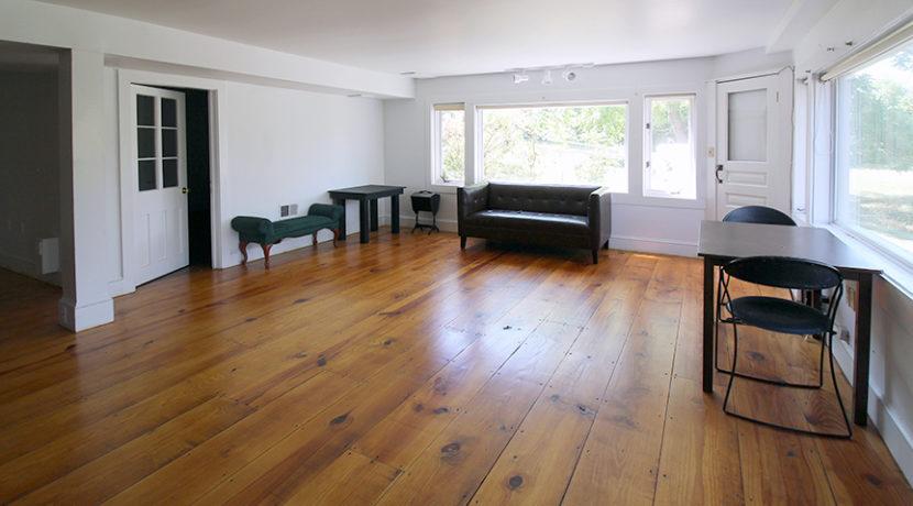 lower living_bedroom