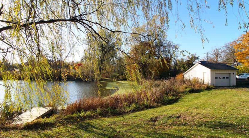 garage_pond