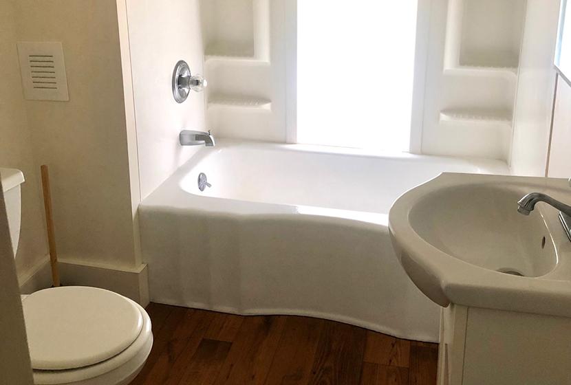 149 Maple Bath